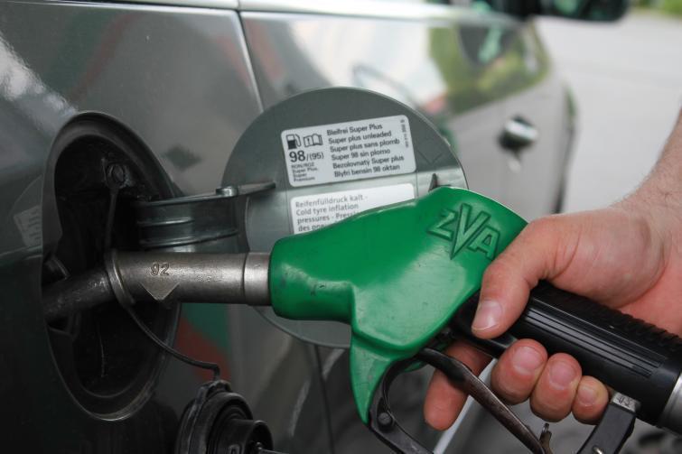 Ceny paliw w górę - olej napędowy będzie droższy od benzyny