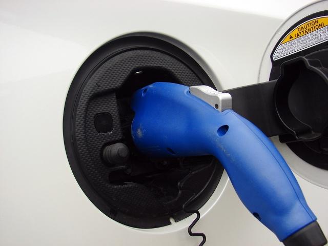 zdjęcie Toyota Prius Plug-in