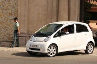 Peugeot iOn (2011 - teraz) Hatchback