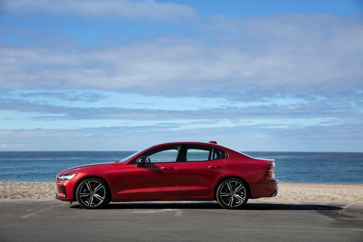 Volvo stworzyło ofertę First Edition, która ma pomóc nowemu modelowi S60 zdobywać polski rynek.   Fot. Volvo