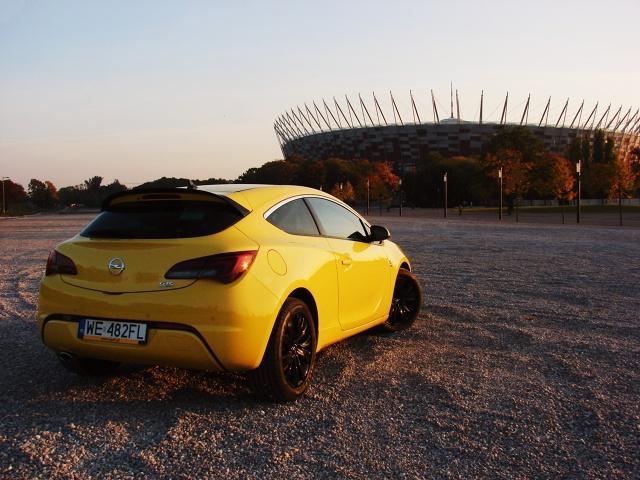 zdjęcie Opel Astra GTC 2.0 CDTi