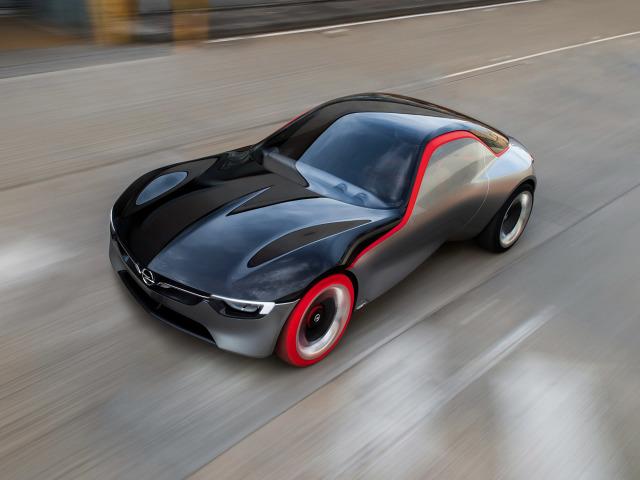 Opel GT Concept to propozycja tego, jak w przyszłości mógłby wyglądać popularny samochód sportowy. Koncepcyjne coupé będzie miało swoją światową premierę na najbliższym Międzynarodowym Salonie Motoryzacyjnym w Genewie (3–13 marca) / Fot. Opel