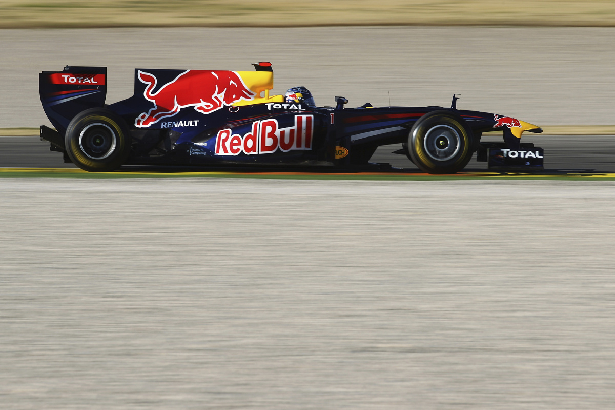 Team red bull racing w warszawie rb7 fot getty images red bull content pool galeria motofakty - Red bull content pool ...