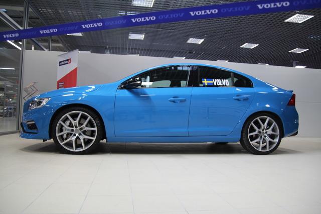 Volvo S60 Polestar to jedno z aut, które można zobaczyć na stoisku Motofaktów podczas Warsaw Moto Show / Fot. Polska Press