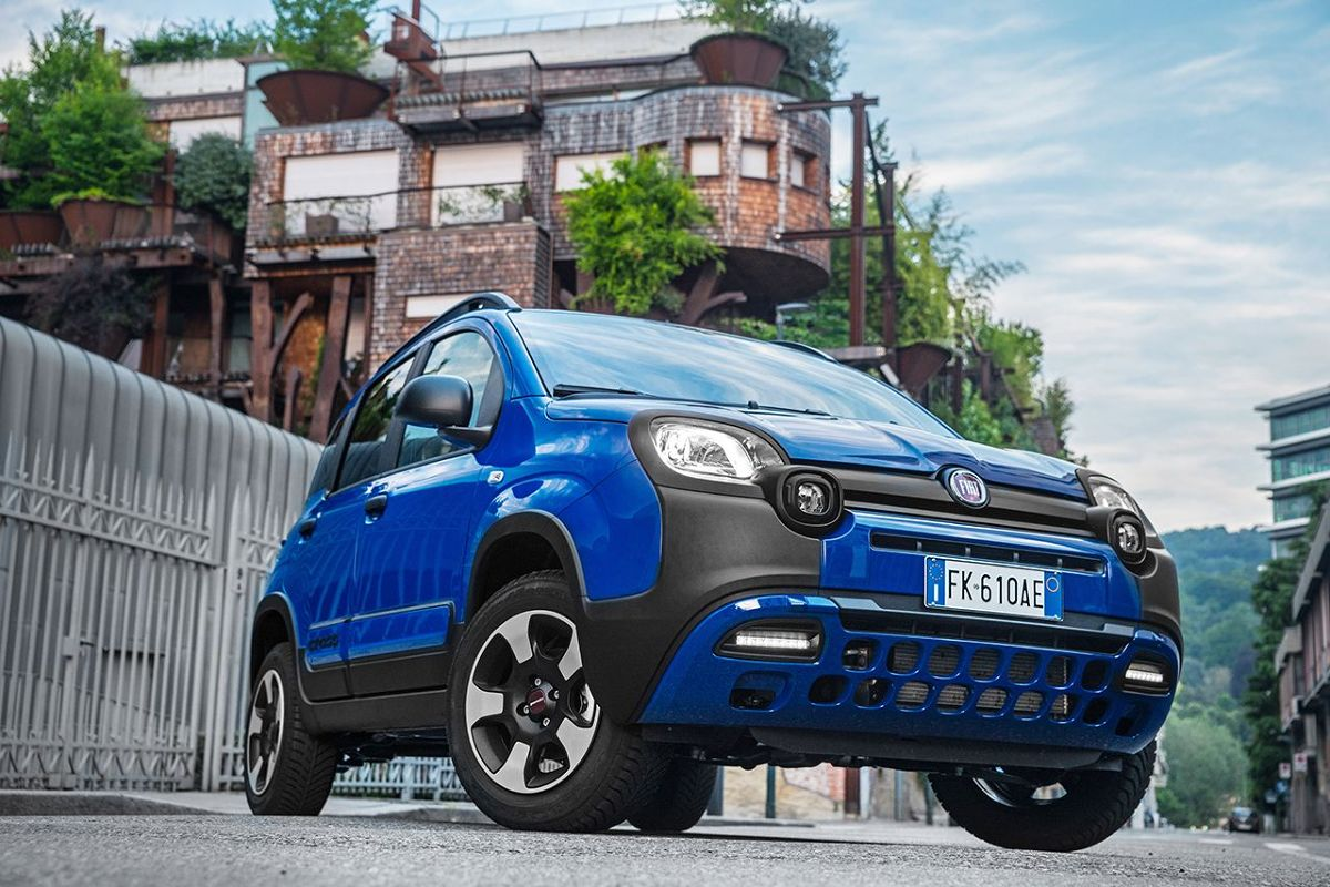 Fiat Panda City Cross  Nowa wersja City Cross jest dostępna z silnikiem benzynowym 1.2  o mocy 69 KM i napędem na przednią oś.  Fot. Fiat