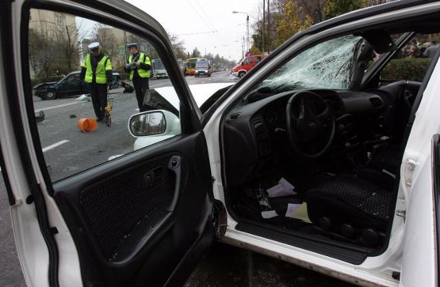 Wypadek samochodowy - sprawdź co robić, gdy do niego dojdzie