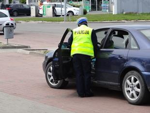 Jazda autem po narkotykach. Co za to grozi?