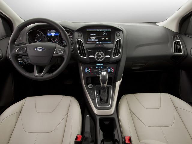 zdjęcie Ford Focus Sedan