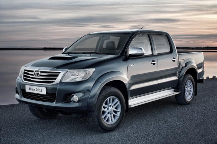 Toyota Hilux 2012 - mocniejsza i oszczędniejsza (zdjęcia)
