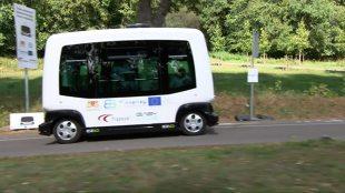 Auto bez kierowcy. Teraz możesz nim pojechać za darmo. I to wszystko w Polsce! (video)