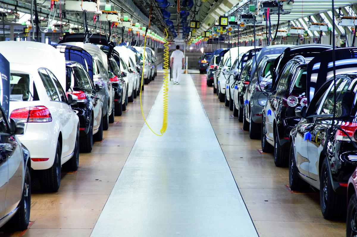 Coraz więcej samochodów buduje się na wspólnych platformach, by obniżyć koszty produkcji aut., Fot: Archiwum