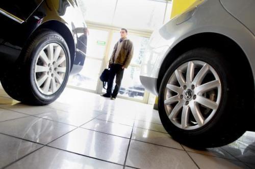 W Polsce zostały właśnie wprowadzone regionalne obostrzenia związane ze wzrostem zakażeń wirusem Covid-19. Przemieszczanie się i mobilność, szczególnie w okresie letnim, są dla wielu osób kluczowym elementem codziennego funkcjonowania. Dlatego w opinii ekspertów Automarket możliwość korzystania z samochodu oznacza nie tylko niezależność i mobilność, ale w obecnych okolicznościach przede wszystkim poczucie bezpieczeństwa.  Fot. Archiwum