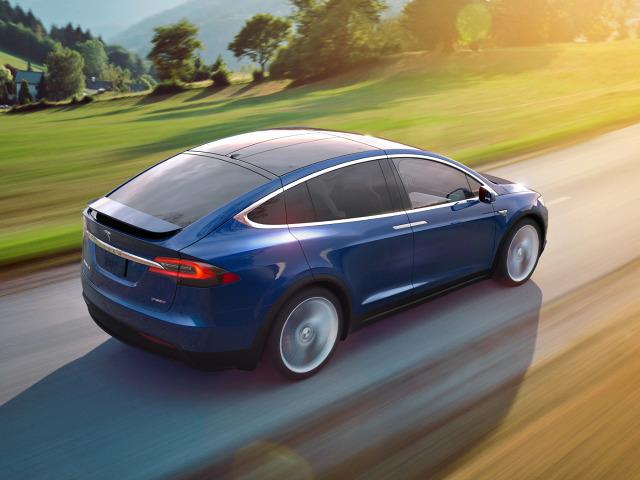 zdjęcie Tesla Model X