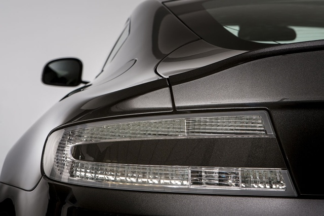 zdjęcie Aston Martin V8 Vantage S SP10