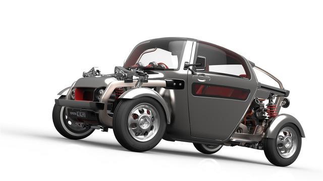 Toyota KIKAI   Toyota KIKAI to samochód koncepcyjny w każdym calu. Mechanizmy, które zwykle ukryte są pod karoserią auta, są widoczne, a odsłonięte elementy zostały dopracowane w każdym szczególe.  Fot. Toyota