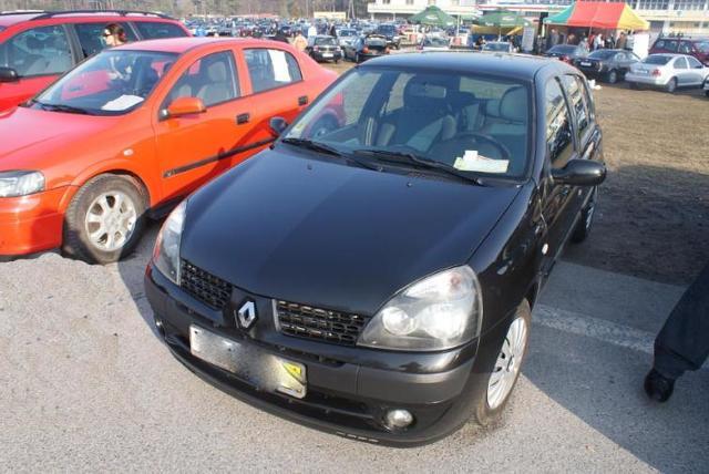 Giełdy samochodowe w Kielcach i Sandomierzu (18.03) - ceny i zdjęcia