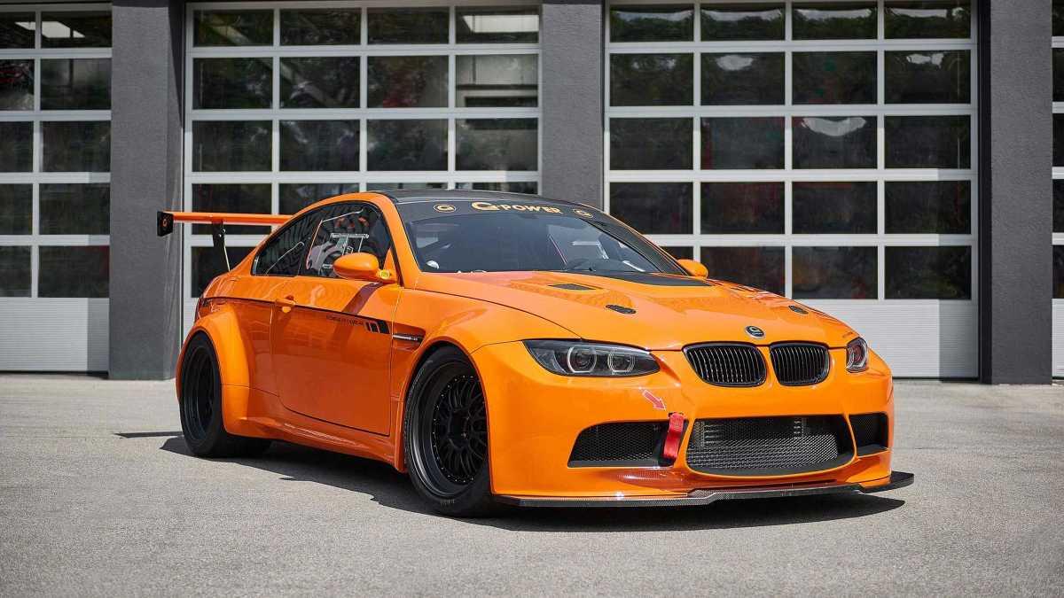 BMW M3 GT2 S Hurricane  Tuner poinformował, że przyspieszenie do 200 km/h ma trwać 9,8 s. BMW po modyfikacjach wyceniono na 1,23 mln zł.  Fot. G-Power