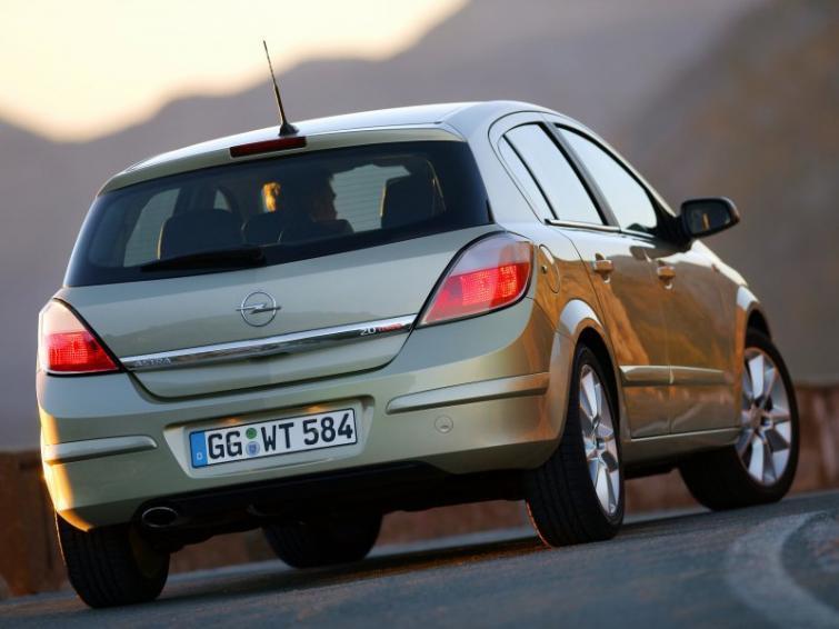 Opel ma problem – kilkadziesiąt tysięcy aut do serwisu