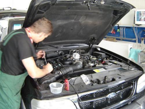 Fot. archiwum: Założenie instalacji gazowej do nowego samochodu wielu marek może wiązać się z utratą gwarancji mechanicznej. Tylko nieliczne marki zezwalają na montowanie instalacji LPG bez ryzyka.