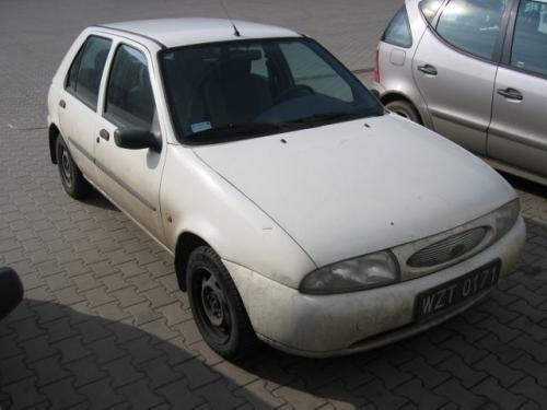 Fot. Grzegorz Wojtyrowski: Ford Fiesta III generacji produkowany w latach 1995 – 2002 to udany samochód.