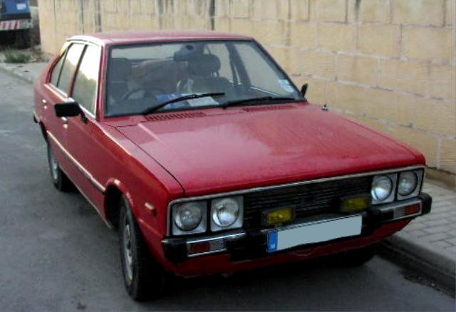 Hyundai Pony Fot. MartinHansV, domena publiczna http://pl.wikipedia.org/wiki/Plik:MHV_Hyundai_Pony_1st_Gen_01.jpg