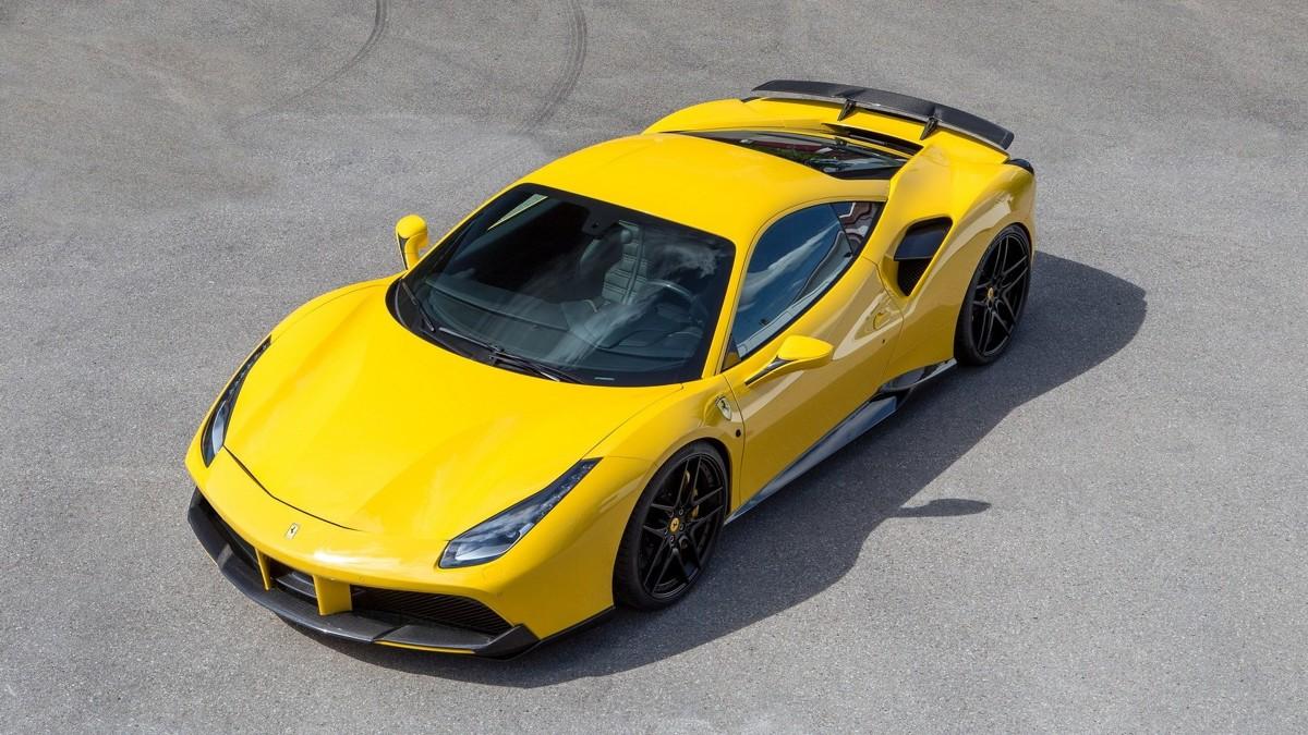 Ferrari 488 GTB  Benzynowy, podwójnie turbodoładowany silnik V8 o pojemności 3.9 l standardowo oferuje 670 KM mocy i 760 Nm momentu obrotowego. Po poprawkach tunera, jednostka dostarcza 722 KM i 892 Nm. Przyspieszenie do 100 km/h trwa 2,8 s, a prędkość maksymalna wynosi ponad 340 km/h.  Fot. Novitec Rosso