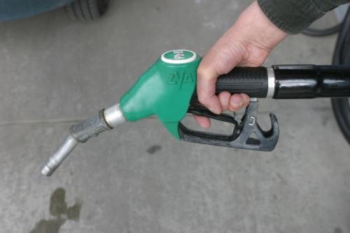 Fot. Arkadiusz Ławrywaniec: Podczas tankowania paliwa trzeba zachować środki ostrożności.