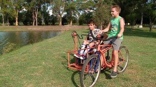 Jazda rowerem. Ten pojazd powstał, aby spełnić marzenie (video)