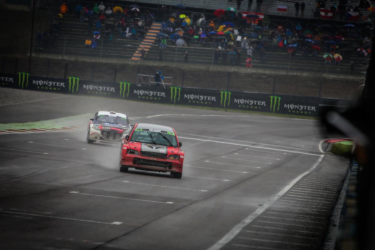 Już w najbliższy weekend rozpoczynają się PRX Mistrzostwa Polski Rallycross. Po kilkuletniej przerwie reaktywowano zawody w randze mistrzostw kraju w tej arcyciekawej dyscyplinie, a  podczas pierwszej rundy, która odbędzie się na niemieckim torze Lausitzring, zobaczymy miedzy innymi zawodników z zespołu ISSRX / Fot. materiały prasowe