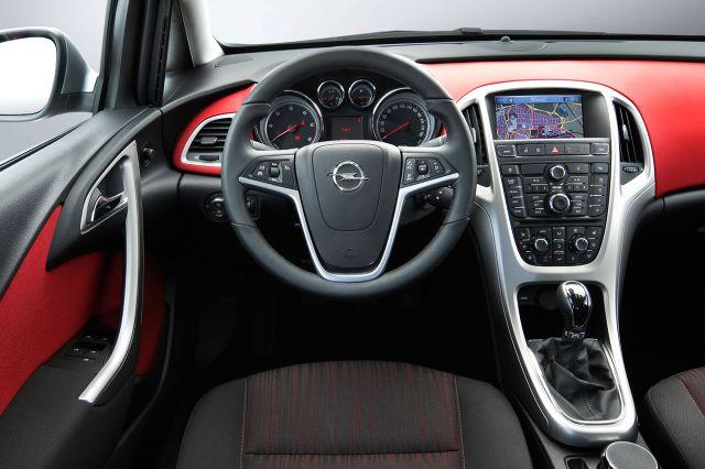 zdjęcie Opel Astra Kombi