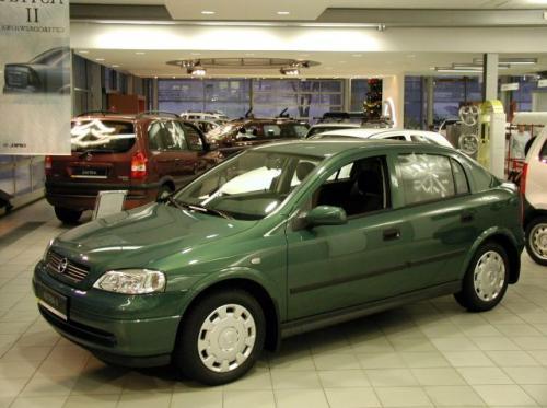 Fot. Irek Drożański: W marcu najchętniej kupowanymi w Polsce samochodami osobowymi były auta Opla.