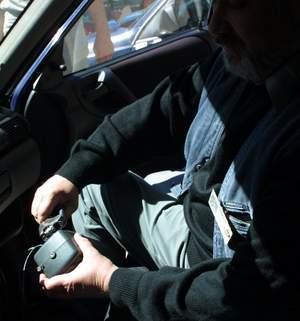 Fot. P.Jasiczek: W tym tygodniu codziennie w Okręgowym Urzędzie Miar w Poznaniu taksówkarze przestawiali taksometry, podnosząc opłatę początkową za przejazd.