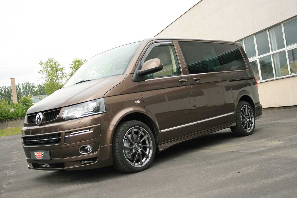 volkswagen multivan z pakietem abt sportsline. Black Bedroom Furniture Sets. Home Design Ideas