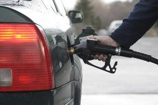 Ekologiczny styl jazdy. Ile paliwa można zaoszczędzić?