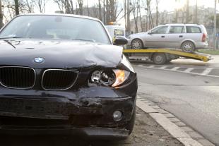 Ubezpieczenia. Jak ubezpieczamy samochody w Polsce?
