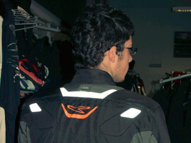 Odblaski dla motocyklisty, czyli niech stanie się jasność