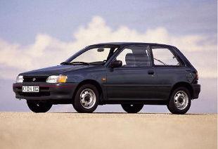 Toyota Starlet III (1988 - 1996) Hatchback