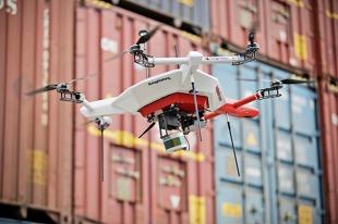 Dron. Do czego jest wykorzystywany w fabryce aut?