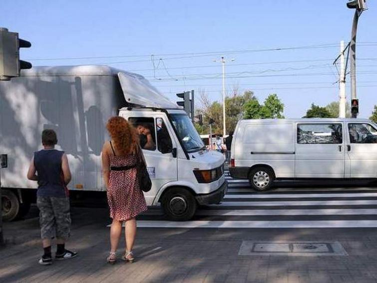 Szczecin: Montaż kładek na Gdańskiej. Będą utrudnienia