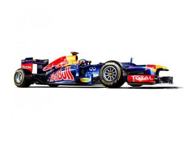 Trwają przedsezonowe testy Formuły 1 w Barcelonie