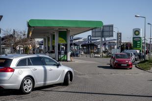 Ceny paliw. Na stacjach będzie jeszcze taniej?