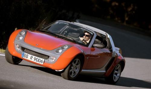 Fot. Smart: W ramach restrukturyzacji firmy Smart z końcem 2005 r. zakończy się produkcja modelu Roadster.