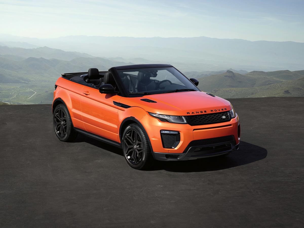 Range Rover Evoque Convertible  Silnik Diesla 2.0 l oferowany jest w wariancie 150 KM lub 180 KM. W pierwszym przypadku sprint do 100 km/h trwa 12 s, a prędkość maksymalna to 180 km/h, w drugim odpowiednio 10,3 s oraz 195 km/h.   Fot. Land Rover