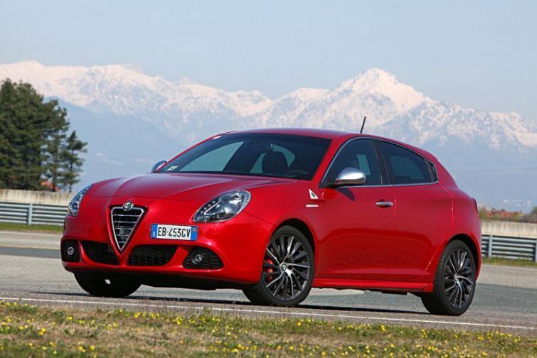 Alfa Romeo: MiTo i Giulietta z rabatem dla fanów marki