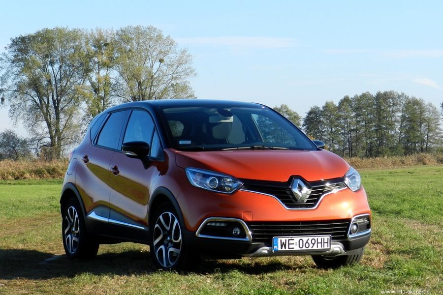 Odważna stylistyka, kompaktowe wymiary oraz przestronność i uniwersalność wnętrza to cechy charakterystyczne dla nowego Renault Captur / Fot. Robert Kulczyk