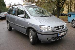 Używany Opel Zafira A. Tanie auto dla rodziny