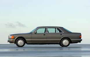 Mercedes-Benz W126 (1979 - 1992) Sedan [W126]