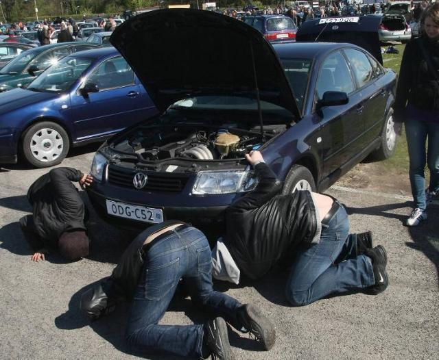 Giełdy samochodowe w Kielcach i Sandomierzu - ceny z 8 maja