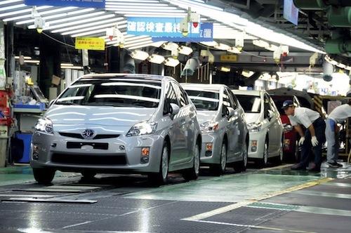 Mazda chce nauczyć się od Toyoty jej standardów technicznych i organizacji produkcji. To dla niej jedna z głównych korzyści, obok współpracy w dziedzinie technologii, z podpisanego w maju kontraktu o kooperacji obu japońskich koncernów / Fot. Toyota