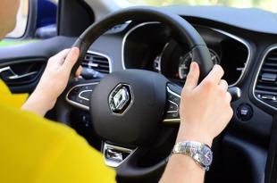 Zmęczenie za kierownicą. Kiedy wzrasta ryzyko wypadku?